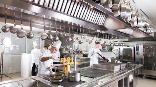 بخش های مختلف یک آشپزخانه صنعتی
